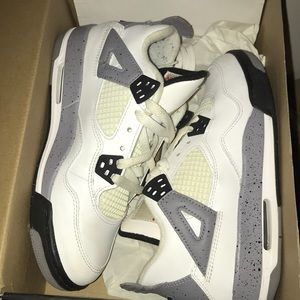 Air Jordan Cement 4 Retros
